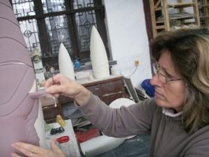 2007, Peeling off resist on Scarab beetle shell. Fragrant Garden studio, Jingdezhen